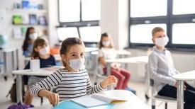 العودة إلى المدارس في زمن «كورونا».. حلم مشروع ومخاوف واقعية