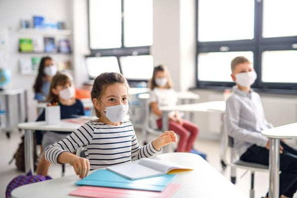 العودة إلى المدارس في زمن «كورونا».. حلم مشروع ومخاوف واقعية - للعِلم