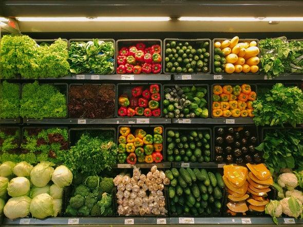 تخطيط المتاجر يحسِّن الخيارات الشرائية الغذائية الصحية