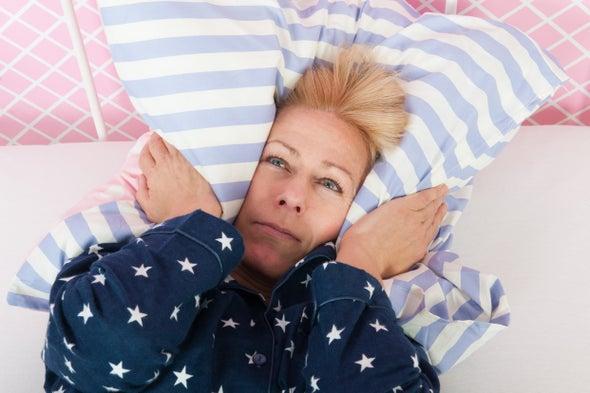 الحرمان من النوم يدفعك للوحدة والإنعزال