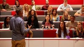 التمييز يصيب النساء في علوم التكنولوجيا والهندسة والرياضيات