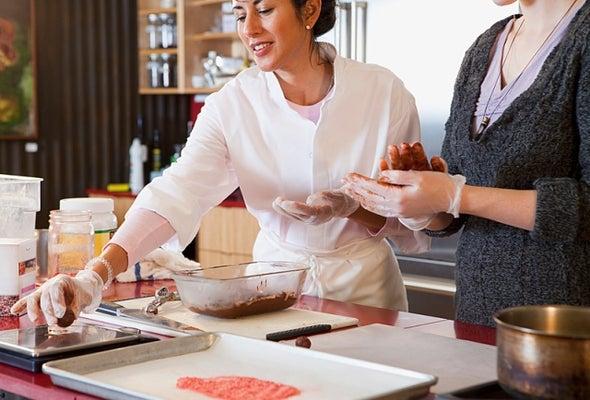 10 توصيات للحصول على غذاء مأمون