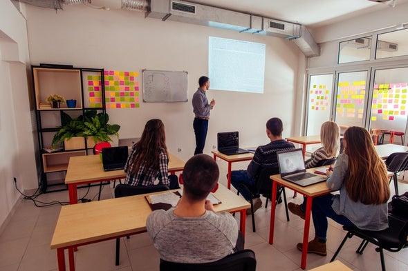 مُراجعة منهجية من أجل قاعات دراسية أفضل