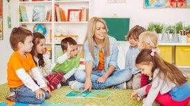 إلحاق الأطفال بالمدرسة قبل العمر المناسب قد يضرهم