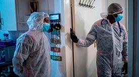 هل يُمكِن أن تُقلِّل سلالاتُ فيروس كورونا الجديدة من فاعلية اللقاحات؟ المُختبرات تسعى جاهدةً لاستجلاء الأمر بأسرع ما يُمكن