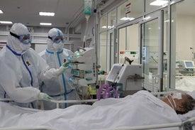 انخفاض عدد الخلايا الليمفاوية وارتفاع مستوى السيتوكين من أهم أعراض «كورونا المستجد»