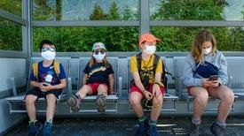 الأطفال قد لا يتعافون سريعًا من «كوفيد-19»