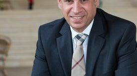 إيهاب عبد الرحمن.. فلاح بدرجة رئيس جامعة