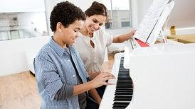 الموسيقى وإتقان أكثر من لغة يساعدان على تجنُّب الخرف