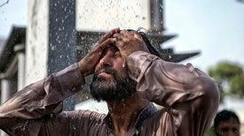 وصول درجات الحرارة والرطوبة إلى مستويات تفوق قدرة تحمُّل البشر