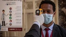 باحث ينتقد المبالغة في أعداد مصابي «كوفيد 19» في مصر