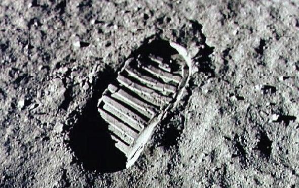 اكتشاف الشريط المفقود يحل لغزًا قمريًّا دام 40 عامًا