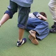 دع العصا جانبًا، يصبح المراهقون أقل عنفًا
