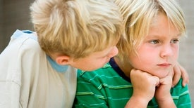 تعليم الأطفال التعاطف مع الآخرين يرتبط بزيادة قدراتهم الإبداعية