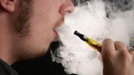 دخان السجائر الإلكترونية يسبب سرطان الرئة