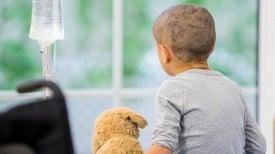 فهم الآثار النفسية لسرطان الأطفال