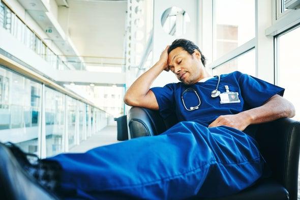 كيف يمكن لقيادات الرعاية الصحية أن تدعم طواقمها على خطوط المواجهة الأمامية
