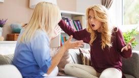لا تلوموا الهرمونات على سلوكيات المراهقين