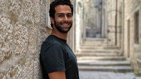 محمد البرلسي.. لاعب الكاراتيه الذي يُقاتل الأمراض الجينية