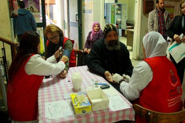 كيف تعاملت مصر مع مرض التهاب الكبد الفيروسي «سي»؟