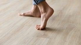 مُستشعرات الأقدام تُحدد هويّة الأشخاص من خلال طريقة المشي