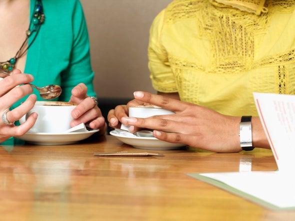 الشاي الساخن يَزيد فرص الإصابة بسرطان المريء