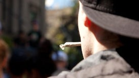 سيجارة واحدة من الحشيش تغير تركيب دماغ المراهق