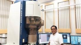 انتاج أول فيديو يرصد آلية حدوث التفاعل الكيميائي