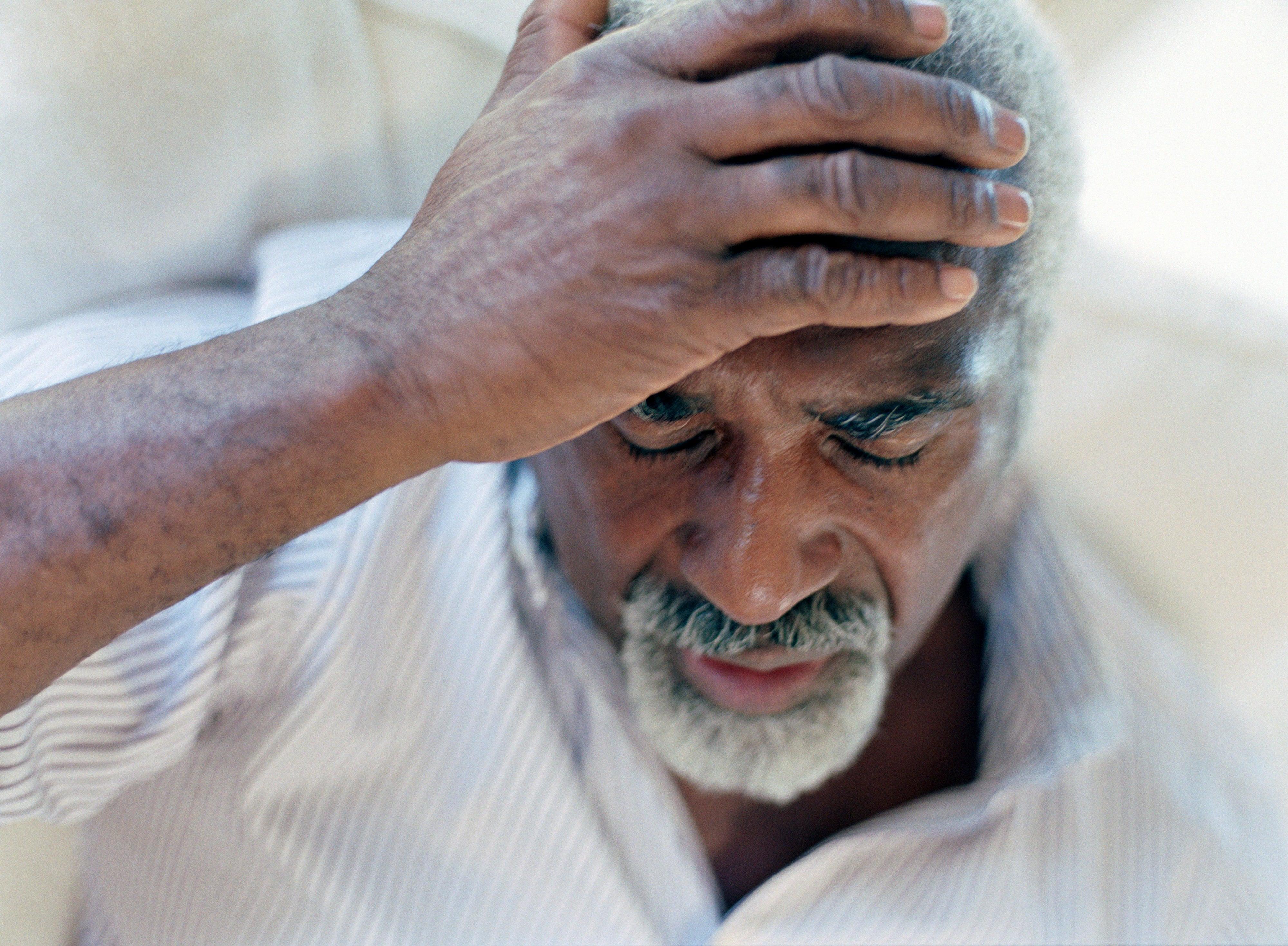 الصداع النصفي قد يؤدي إلى الموت للع لم