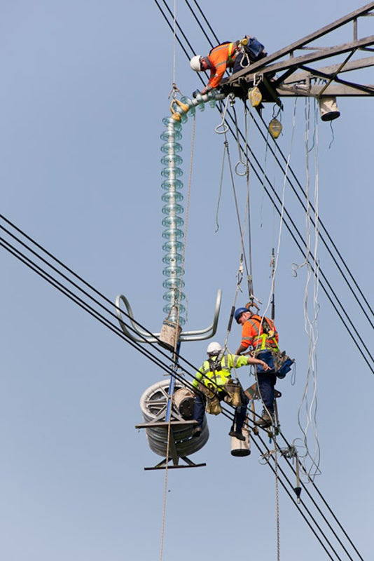 Report: America's Energy Sector Is Growing (and Shifting) Rapidly