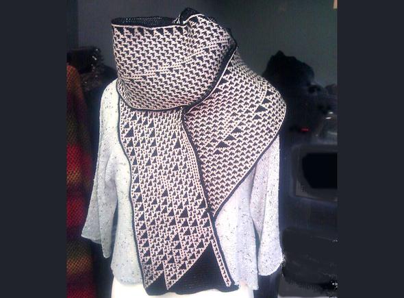 Back Algorithmic Knitting on Kickstarter