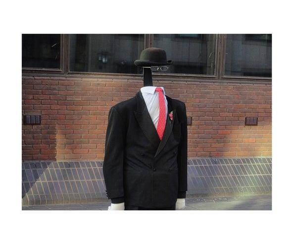 The Invisibility Cloak Illusion