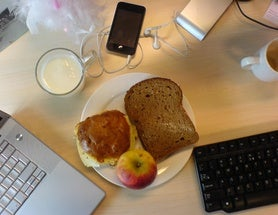 What Can Lunch Tell Us about Job Satisfaction?