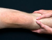 Illusions as Painkillers: the Analgesic Value of Resizing Illusions in Knee Osteoarthritis