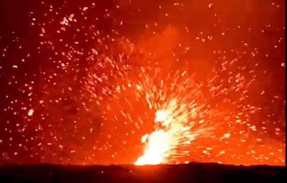 Kilauea Produces a Stunning Lava Whirl!