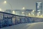 Ultima Thule,冷战与特朗普之墙