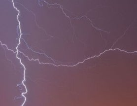 Frequent Flyers Could Take a Hit of Radiation from Lightning