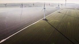 主要的资金承诺不会填补清洁能源投资缺口。