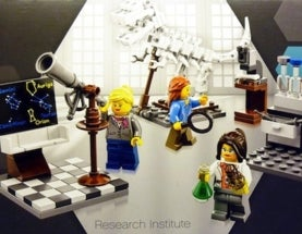 LEGO Reveals Female Scientist Minifigures