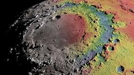 La historia detrás de la formación de los anillos de un cráter de la Luna