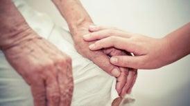 El candente debate sobre si el alzhéimer es transmisible