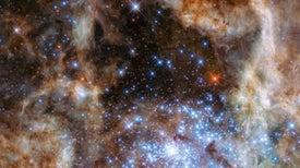El Hubble revela la presencia de estrellas monstruosas