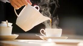 Beber café no causa cáncer...pero beber bebidas muy calientes sí es una 'probable' causa