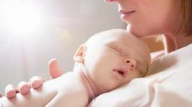 Más de la mitad de recién nacidos no recibe leche materna en su primera hora de vida