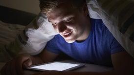 Usar la tableta antes de dormir altera la calidad del sueño
