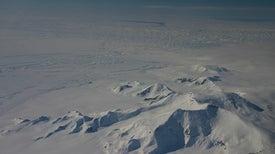 El hielo de la Antártida se hunde en agua caliente