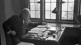 Ensayo sobre vida extraterrestre revela a Churchill, el científico