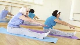 Pilates podría mejorar el equilibrio en las adultas mayores con dolor de espalda