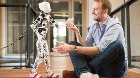 Conozca a Poppy: un robot salido de una impresora 3D