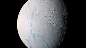 Crece el entusiasmo por la posibilidad de vida en Encélado